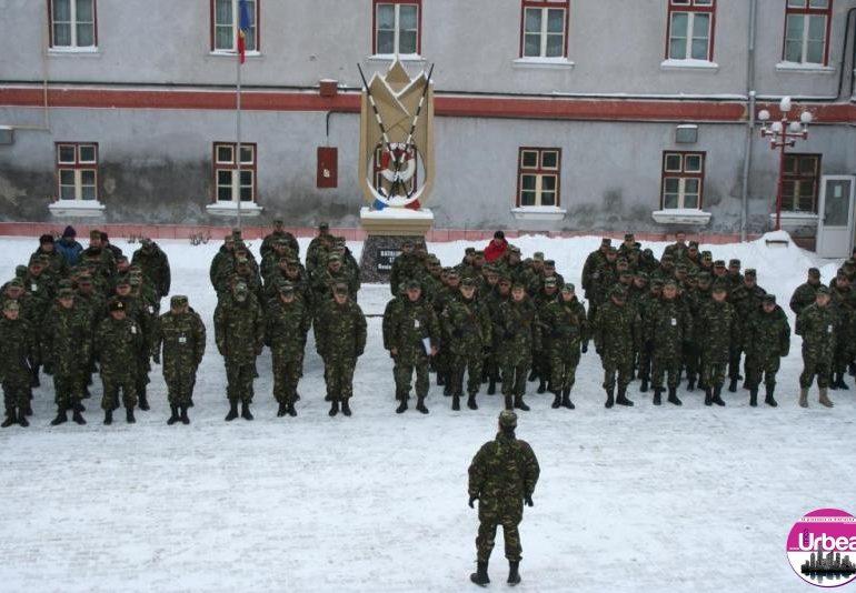 """FOTO: Festivitatea de deschidere a noului an de instrucţie la Batalionul 136 Geniu """"Apulum"""""""