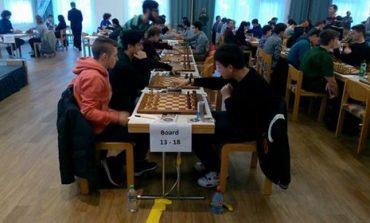 FOTO: Albaiulianul Mihnea Costachi, pe locul 12 la Openul Internaţional de Şah de la Graz