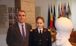 FOTO: Ilișca Coman, elevă a Colegiului Militar din Alba Iulia, calificată pentru al doilea an consecutiv la faza națională a Olimpiadei de Chimie