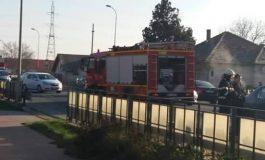 FOTO: Accident rutier în cartierul Bărăbanț din Alba Iulia. O persoană a fost rănită după ce două maşini s-au lovit