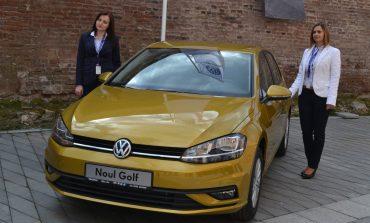 FOTO-VIDEO: Lansare Noul Volkswagen Golf 2017, la Alba Iulia. Ce dotări are şi cum funcţionează