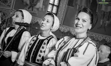 """FOTO: Concert de pricesne """"pentru suflet"""" la Alba Iulia, organizat de Centrul de Cultură """"Augustin Bena"""" Alba"""