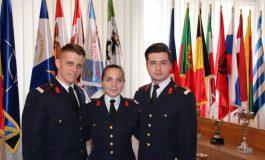 FOTO: Colegiul Naţional Militar din Alba Iulia are trei elevi calificați la faza națională a Olimpiadei de socio-umane