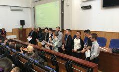 FOTO: Peste 200 de elevi de liceu din Alba, Hunedoara și Cluj, în vizită la UAB, în Săptămâna Porților Deschise