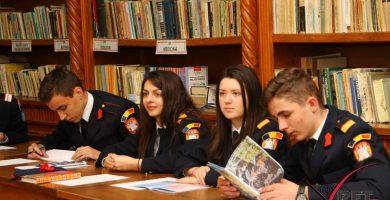 """30 martie – 2 aprilie: Atelierelor de creație literar-artistică ale elevilor și studenților militari, la Colegiul Militar Liceal """"Mihai Viteazul"""" din Alba Iulia"""