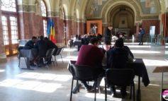 """FOTO-VIDEO: Concursul pe teme de istorie """"Alba Iulia, Cealaltă Capitală"""". Care sunt cele patru echipe care s-au calificat în finală"""