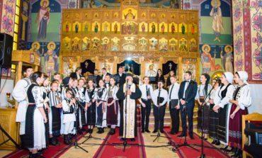 """FOTO: Concert extraordinar de pricesne la Catedrala """"Adormirii Maicii Domnului """" din Cugir, susţinut de Centrul de Cultură """"Augustin Bena"""" Alba"""