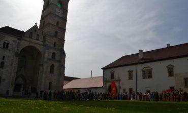 FOTO-VIDEO: S-a dat startul weekend-ului plin de istorie de la Alba Iulia. Deschiderea oficială a Festivalului Roman Apulum