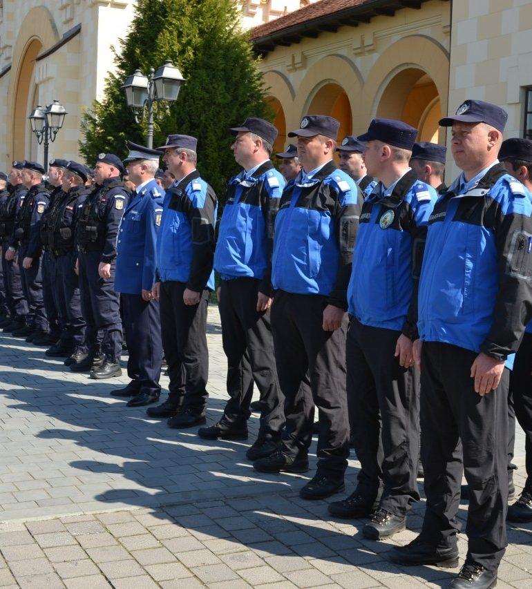 Jandarmeria Alba: Admitere în şcoli MAI şi MApN 2018 şi 2019. Locuri alocate şi acte necesare la înscriere