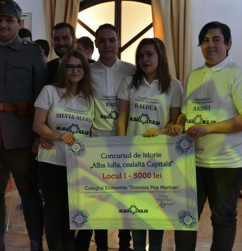 """FOTO-VIDEO: Concursul pe teme de istorie """"Alba Iulia, Cealaltă Capitală. Colegiul Economic a câştigat ediţia de anul acesta"""""""