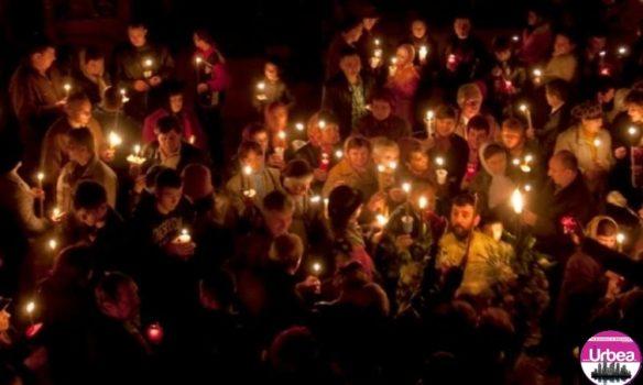 Există posibilitatea să participăm la Slujba Învierii, de Paști