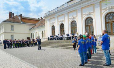 FOTO: Ziua Europei şi Ziua Independenţei României, la Alba Iulia: Muzica de fanfară a răsunat în Piaţa Cetăţii