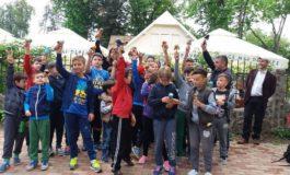 FOTO: Prima competiţie de kendama la Aiud. Aproape 40 de copii au răspuns provocării de a participa