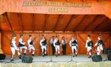 """FOTO: Opt comunităţi din zona Sebeş – Cugir au participat la a doua etapă zonală a Festivalului-concurs """"Cultură pentru Cultură"""", de la Loman"""
