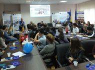 """FOTO: Ziua Europei, la ADR Centru. Premii pentru elevii care au participat la concursul de eseuri """"Societate românească, societate europeană"""""""