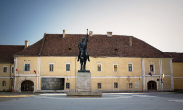 FOTO: S-a semnat contractul de finanțare pentru reabilitarea Palatului Principilor din Alba Iulia