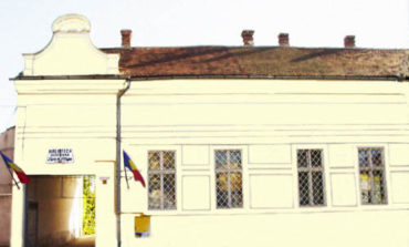 """Vineri: Seratele Bibliotecii Județene ,,Lucian Blaga"""" Alba. Dialoguri cu cititorii în sala de lectură"""