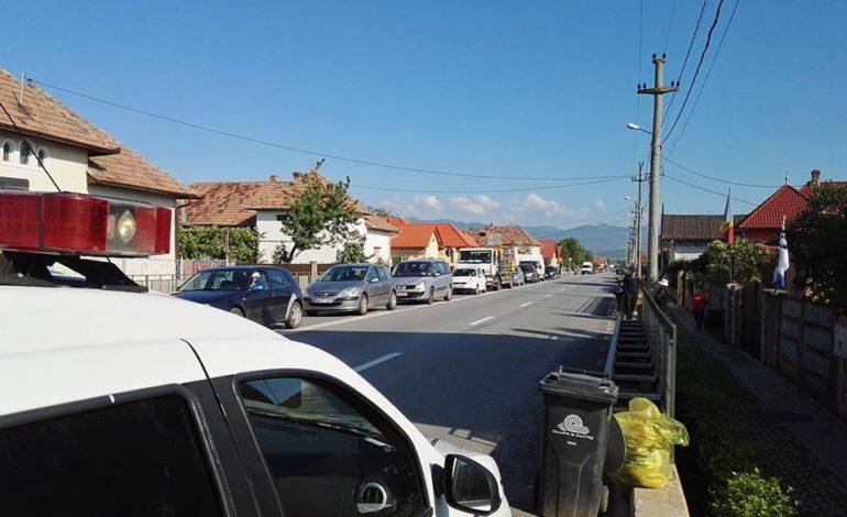 Acţiune a Poliţiei şi RAR la Abrud, pentru siguranţa rutieră: Amenzi de peste 3.000 de lei pentru şoferii care au circulat cu maşini ce aveau defecţiuni tehnice