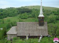 """FOTO ADR Centru: Biserica de lemn din Geogel, judeţul Alba şi Capela """"Inima lui Isus"""" din Odorheiu Secuiesc, viitoare obiective turistice"""