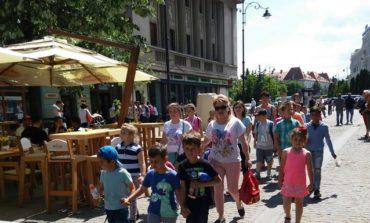 """FOTO: """"Săptămâna altfel"""", la şcoala şi grădiniţa din Gârbova. Peste 100 de elevi şi preşcolari, în excursii la Sibiu şi Târgu Mureş"""