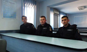 FOTO: Trei elevi ai şcolilor militare de subofiţeri din Drăgășani și Fălticeni, în stagiu de practică la Jandarmeria Alba