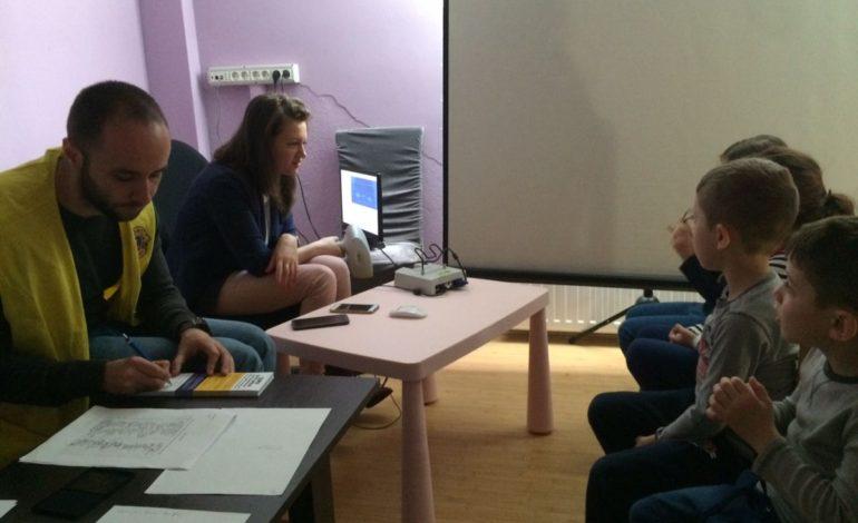 FOTO: Proiect de success al Clubului Lions Alba Iulia. Peste 1500 de copii au beneficiat de screening oftalmologic gratuit în acest an