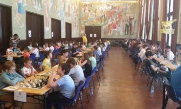 FOTO: Noi succese şahiste pentru copiii albaiulieni, la Cluj-Napoca şi Sibiu