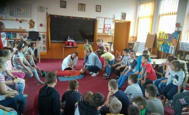 (FOTO) DSP Alba: 33 de localități din Alba beneficiază de asistență medicală comunitară. Activități derulate în primul semestru al anului