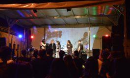 FOTO-VIDEO: Rock Aiud 2017, în Piaţa Consiliul Europei din Aiud. Zeci de persoane au cântat şi au dansat alături de Riff şi The Noise