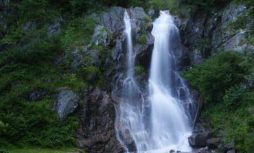 16 excursionişti, între care 13 copii, salvate de jandarmii montani după ce s-au rătăcit în Munţii Apuseni