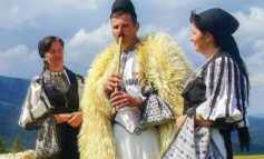 """15-16 IULIE: Serbarea păstorească """"Zi-i bade cu fluiera"""", la Şugag. Programul manifestărilor pentru cea de-a 43-a ediţie"""