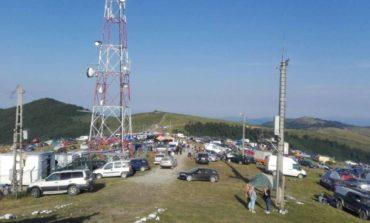 """IPJ Alba: Misiunea poliţiştilor la """"Târgul de Fete de pe Muntele Găina"""". Amenzi de peste 22.000 de lei aplicate și băuturi alcoolice în valoare de 2.000 de lei confiscate"""