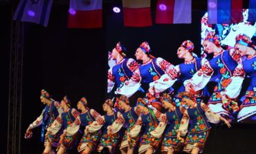 FOTO: Tradiţii şi spectacole pline de culoare la Festivalul Internaţional de Folclor de la Aiud. Vineri, spectacol de gală cu toate ansamblurile participante
