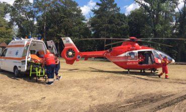 FOTO-VIDEO: Bărbat de 60 de ani din Sebeș, transportat de urgență cu un elicopter SMURD la Cluj Napoca, după ce a suferit un infarct miocardic