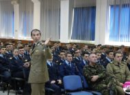 FOTO: Elevii cleselor a XI-a și a XII-a de la Colegiul Militar din Alba Iulia au participat la o activitate de consiliere și orientare în cariera militară