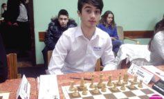 Medalie de bronz pentru George Ileană la Campionatele Europene de şah pentru juniori de la Mamaia