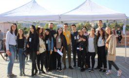 FOTO: Zeci de tineri au răspuns provocării de a participa la Friendship Challenge, în Cetatea Alba Carolina