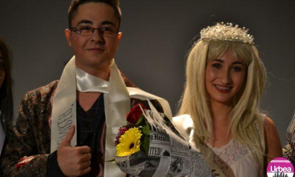 """FOTO-VIDEO: Carmen Țetcu și Alex Vințan, Miss şi Mister Boboc 2017 al Universităţii """"1 Decembrie 1918"""" Alba Iulia"""