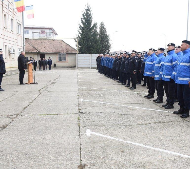 FOTO Jandarmeria Alba: Avansări în grad cu ocazia Zilei Naţionale a României