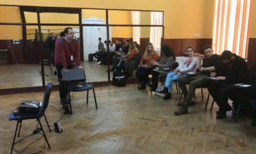 """FOTO: 10 studenți UAB au participat la atelierul """"Creșterea angajabilității studenților prin dezvoltarea abilităților de comunicare"""", organizat de CCS"""