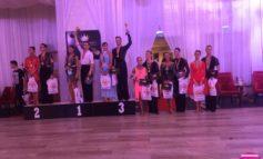 """FOTO: Un nou rezultat remarcabil pentru albaiulienii Ionuţ şi Bianca Ionescu. Locul 5 la competiţia """"The Grand Ball"""", categoria WDSF Adult Latino"""