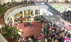 """FOTO: Evenimentul caritabil """"Învățăm să dăruim"""", la Alba Mall. Spectacol plin de energie şi mişcare oferit de dansatorii Şcolii de Dans Modern Chirilă din Alba Iulia"""