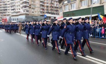 """Marţi: Elevii de gimnaziu din clasele a VIII-a, """"Cadeţi pentru o zi"""", la Colegiul Naţional Militar """"Mihai Viteazul"""" Alba Iulia"""
