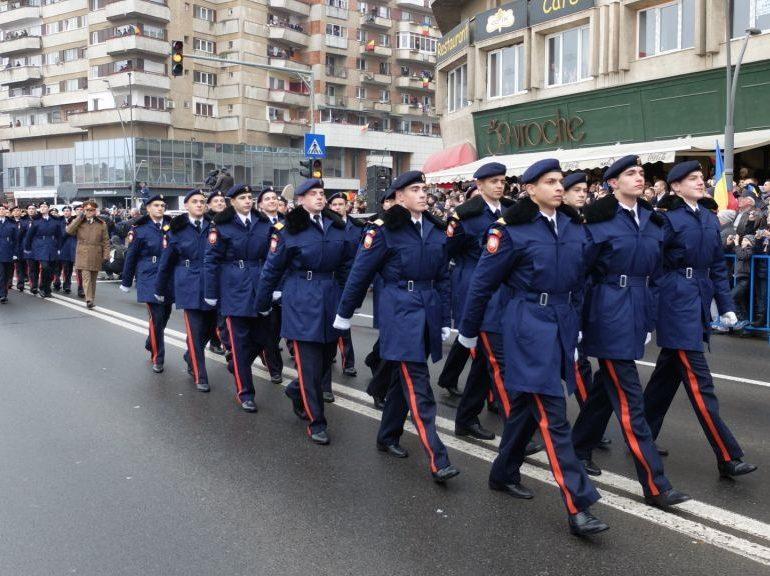 Ceremonii militare în Alba-Iulia, de Ziua Naţională a României