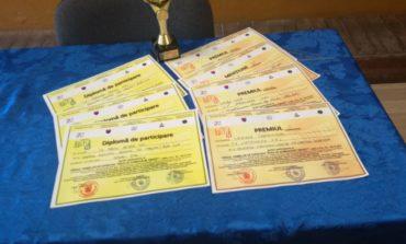 FOTO: Premii pentru elevii Colegiului Economic din Alba Iulia la Târgul Firmelor de Exercițiu de la Baia Mare