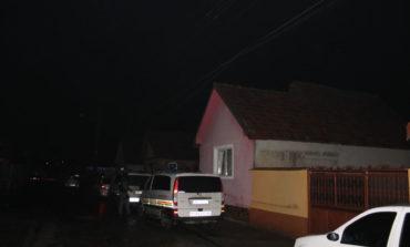 FOTO: Poliţiştii din Sebeş au confiscat peste 5.000 de articole cu conţinut pirotehnic. Dosare penale pentru două persoane