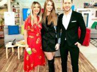 """FOTO-VIDEO: Denisa Moga, tânăra artistă din Sebeş şi piesa ei """"Singuri"""", la televiziunile naţionale"""