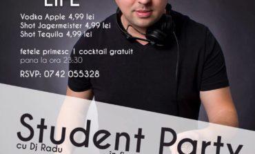 ASTĂZI: Student Reopening Party, în Club Enjoy Life din Alba Iulia. Studenţii sunt aşteptaţi să susţină primul examen al distracţiei