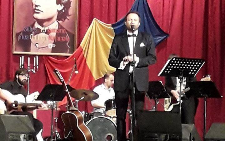 """FOTO-VIDEO: """"Dor de Eminescu"""", la sala de spectacole a Centrului Cultural """"Lucian Blaga"""" Sebeș. Concert extraordinar susţinut de Cristofor Aldea Teodorovici"""