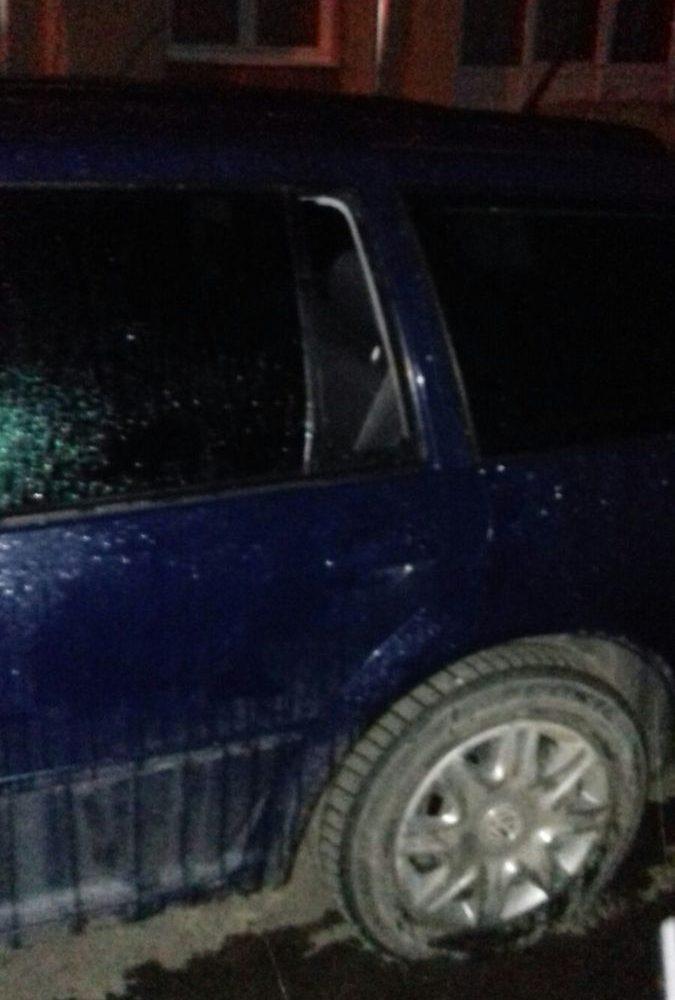 FOTO: Spărgători de autoturisme prinși în flagrant de jandarmii aiudeni